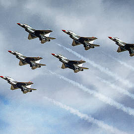 Air Force Thunderbirds in Formation by Morgan Wright