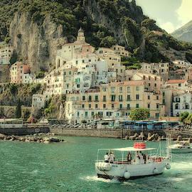 Amalfy by Uri Baruch