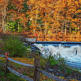 Autumn Foliage On Stearns Millpond In Sudbury Ma Waterfall by Toby McGuire