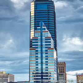 Bank of America and Sun Trust Buildings by Farol Tomson