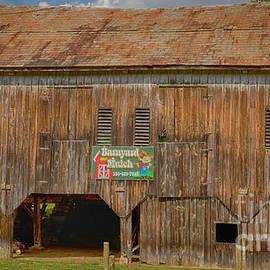 Barnyard Mulch Ohio Barn by Janice Pariza