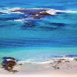 Tania Read - Beach Life