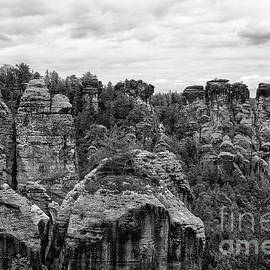Beautiful rock formations in Germany in Black and White by Patricia Hofmeester
