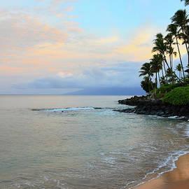 Beautiful Sunrise on Napili  by Kelly Wade