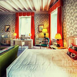 bedroom in Leeds Castle, England  by Ariadna De Raadt