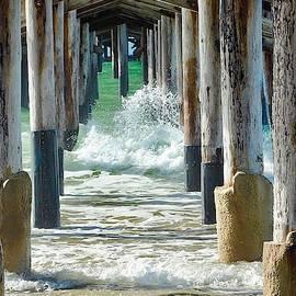 Brian Eberly - Below The Pier