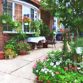 Belvidere NJ - Outdoor Cafe with Flowerpots by Susan Savad