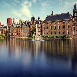 Binnenhof, The Hague by Pablo Lopez