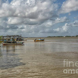 Patricia Hofmeester - Boats on the Suriname river