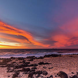 Boxing Day Sunset by Robert Caddy