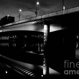 Bremen bridge in black and white