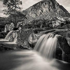 Buachaille Etive Mor 4 by Dave Bowman