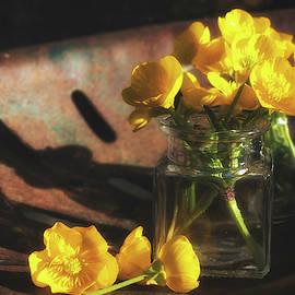 Buttercup Bouquet by Jim Love