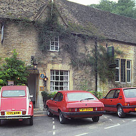 Castle Combe 9 -Six Red Cars by Jerry Griffin