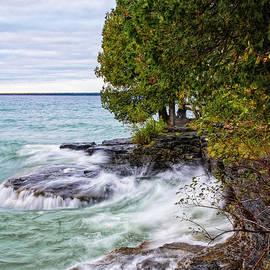 Cave Point Park Door County Wisconsin Lake Michigan by Wayne Moran