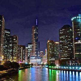 Chicago River by Chicago Skyline