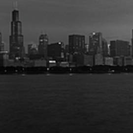 Chicago Skyline in Black and White by Miguel Winterpacht