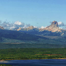 Chief Mountain and Duck Lake by Tracey Vivar