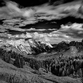 Cloud Movement in the Dolomites II