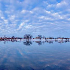 Cloud panorama by Lynn Hopwood