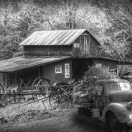 Country Memories in Radiant Black and White by Debra and Dave Vanderlaan