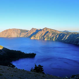 Crater Lake Sunset by Dawn Richards