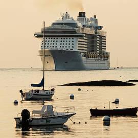 Jack Milton - Cruise Ship on the Horizon