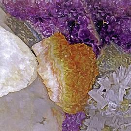 Crystal Stand 14  by Lynda Lehmann