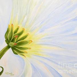 Daisy In The Wind by Mary Deal