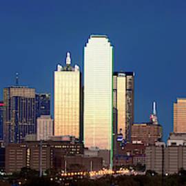 Dallas Skyline 041919 by Rospotte Photography