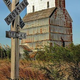 Dalton Kansas by Michael Ciskowski