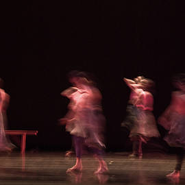 Dancers by Catherine Sobredo