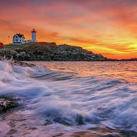 Kristen Wilkinson - Dawn at Cape Neddick Lighthouse