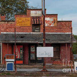 Days Of Old - Country Store In Inman South Carolina by Dale Powell
