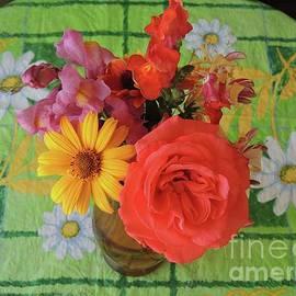 Donna's Bouquet  by Julie Rauscher