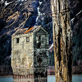 Douglas Island Salt Water Pumphouse by Bob Lynn