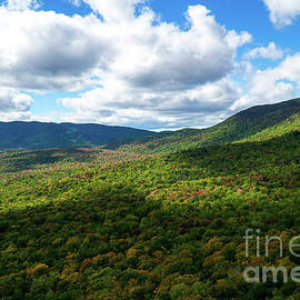 Early Fall in The White Mountains by Linda Howes