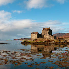 Smart Aviation - Eilean Donan Castle