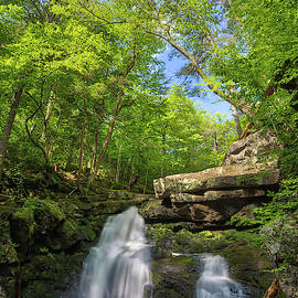 Enders Falls by Juergen Roth
