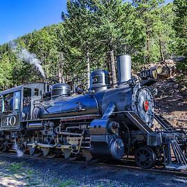 Engine 40 by Lorraine Baum