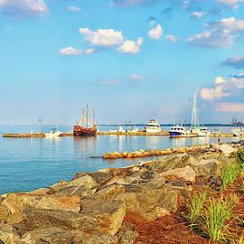 Evening At Riverwalk Landing In Yorktown Virginia by Ola Allen