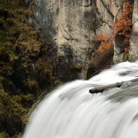 Fall's Falls  by David Andersen