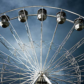 Ferris  Big wheel, Bournemouth.UK by Maggie Mccall
