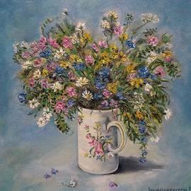 Field flowers in a mug by Katia Ricci