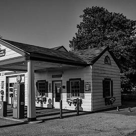 Filling Station by Ray Silva