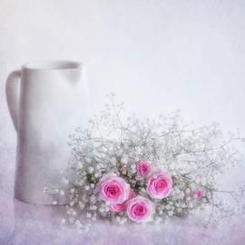 Fior Di Latte by Claudia Moeckel