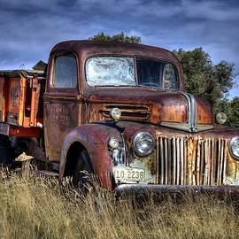 Flingshithigh Farm Truck by Michael Morse