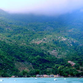 Arlane Crump - Fog Over the Island - Haiti