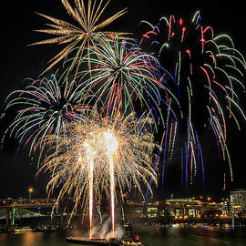 Fourth of July Extravaganza by Wes and Dotty Weber