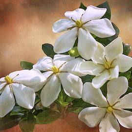 Gardenia Quintet  by Michelle Tinger